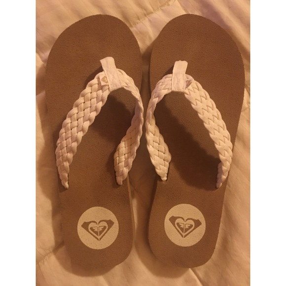 COPY - Women's Roxy flip flops size 8